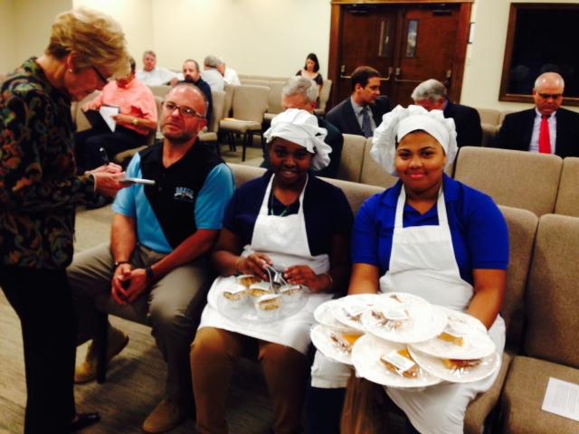 (2) culinary arts students Jaida and Ariel at city council 102114.JPG