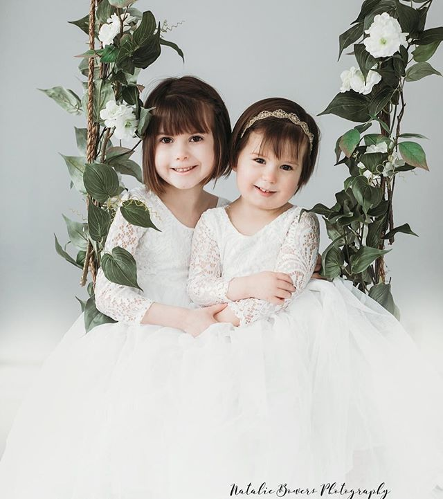 Sisters 💕#sisters #photoshoot #portraitphotography #nataliebowersphotography #lace #children #childrenswear