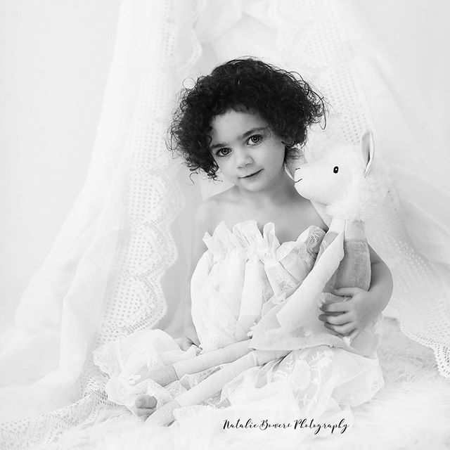 What a doll baby 💕 #child #monochrome #lace #childmodel #blackandwhite #nataliebowersphotography