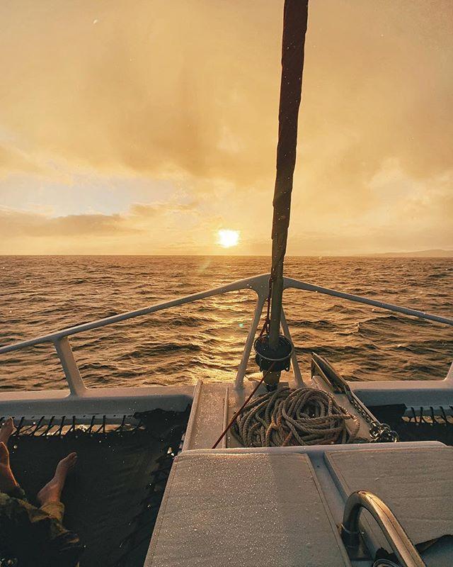 ⛵️I'm on a boat