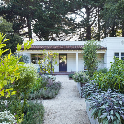 sunset magazine landscaping ideas for front yard cottage style edibles pine house edible gardens - Front Yard Cottage Garden Ideas