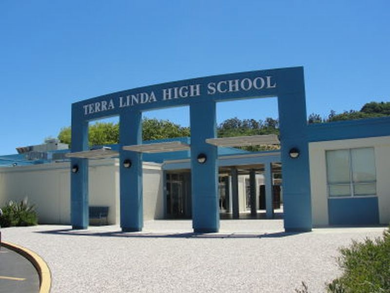 Terra_Linda_High_1.jpg