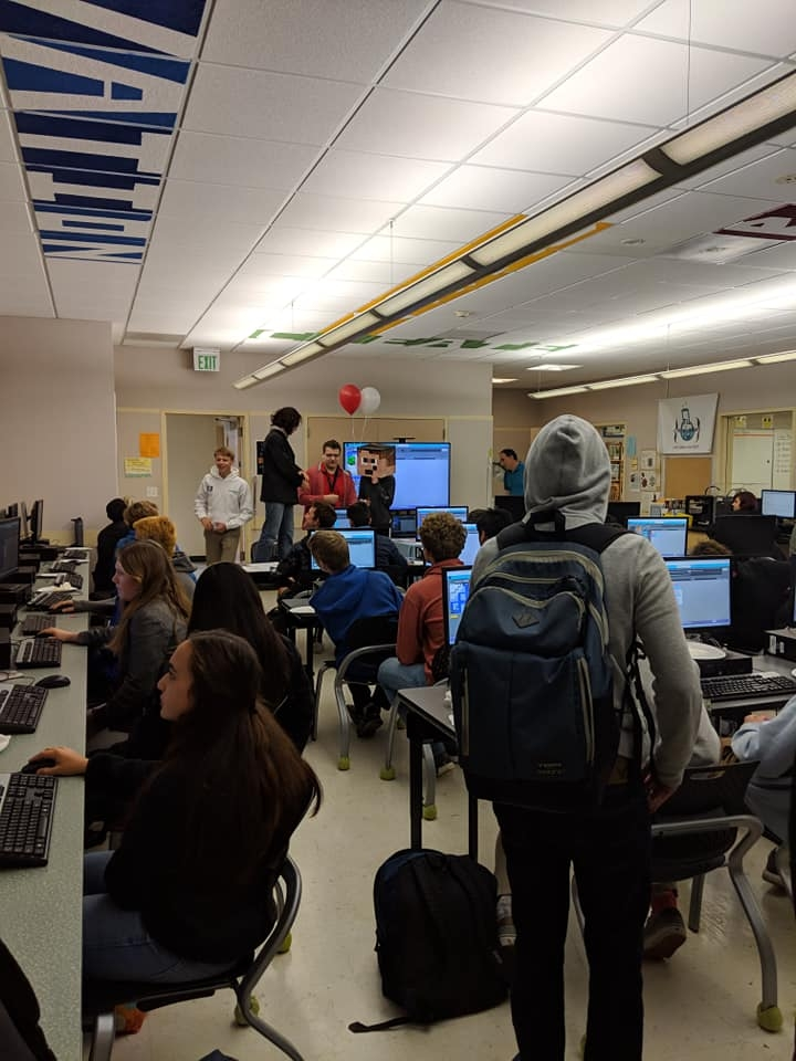 4th Annual Lunch Hour of Code with TL Innovation Lab Student Mentors