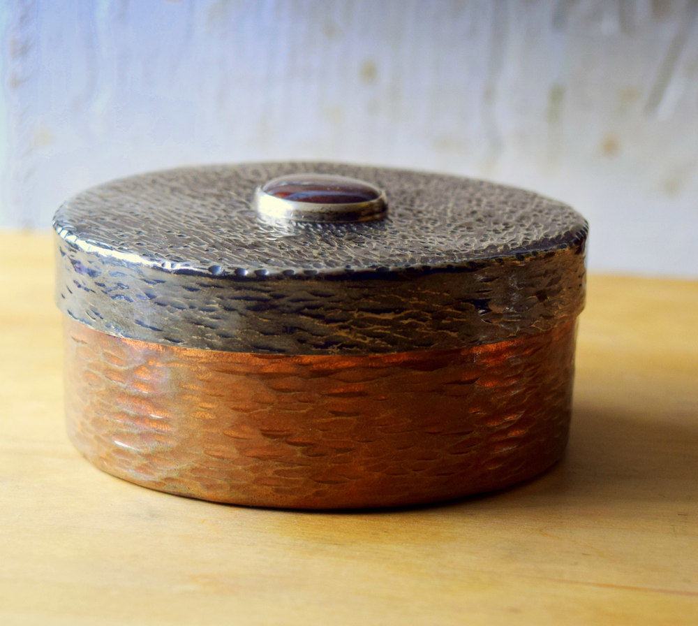 Metal Round Box Randy Sander Hammered copper and silver, agate