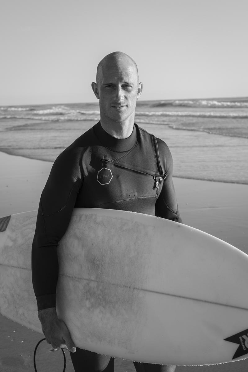 surfers-002.jpg