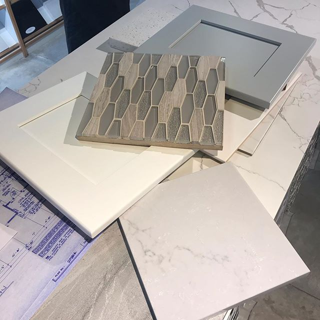 Had some fun with @romatileandmarble, working on some new projects.  Come visit us at our model home in Summit Meadows at Crown Point for more details! . . . . . #cnyopenhouse #summitmeadows #crownpointjamesvilleny #cordellecustomhomes #jamesvillenyrealeatate #cnyparadeofhomes2018 #cordelledevelopmentcorp #cnynewhomesforsale