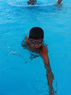 Детский бассейн 8м*10м  глубина 0,7м