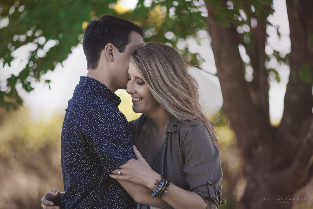 Sunset engagement + creamy bokeh = STEALING MY HEART. I mean seriously. Look at these two lovebirds!!