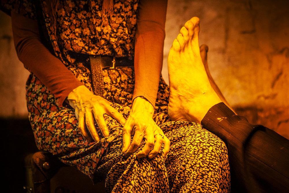 Giovanni Guerrieri | Un po' d'eternità per Osip e Nadezda Mandel'stam   Celesterosa Associazione Culturale, directed by Giovanni Guerrieri. With Silvia Pasello, Silvio Castiglioni. Drama Andrea Nanni. Light designer Valeria Foti. Lights Federico Polacci  Lucca, 2013