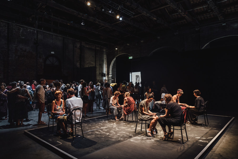 Outcome of the Masterclass by Guido Mencari | Kiss Me    Venice Biennale College Teatro  With Ambra Accorsi, David Angeli, Ginevra Formentini, Yamada Hanako, Fulvio Ragusa  Venice, 2018