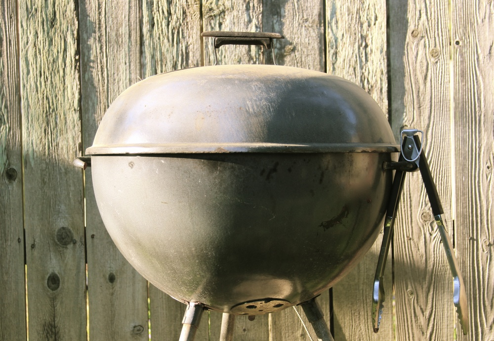 10 Grilling Tools Everyone Should Own