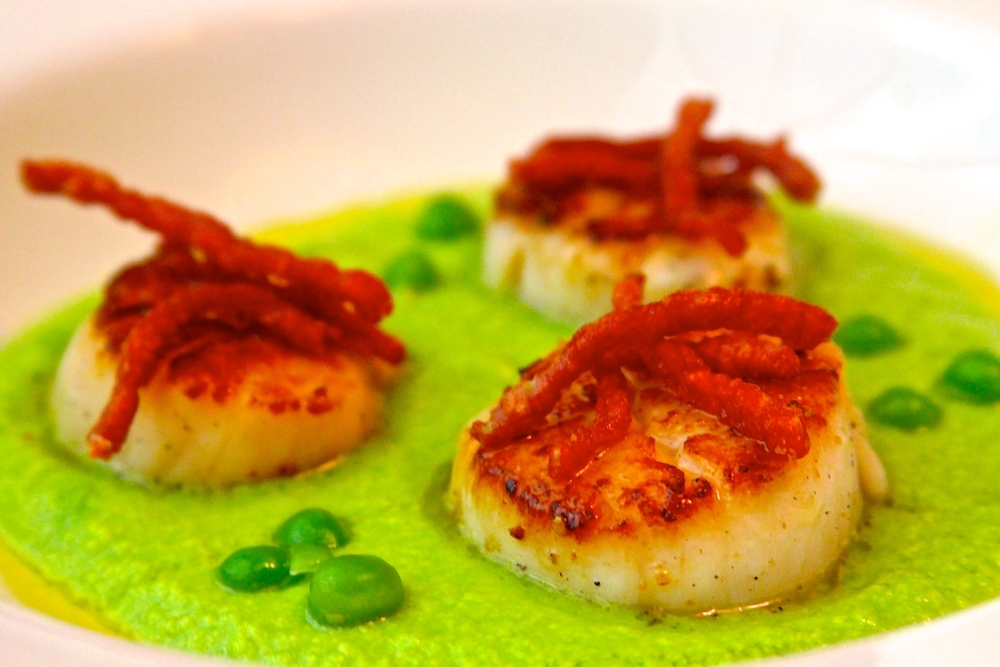 Grilled Scallops with Smoked Pea Puree and Crispy Country Ham