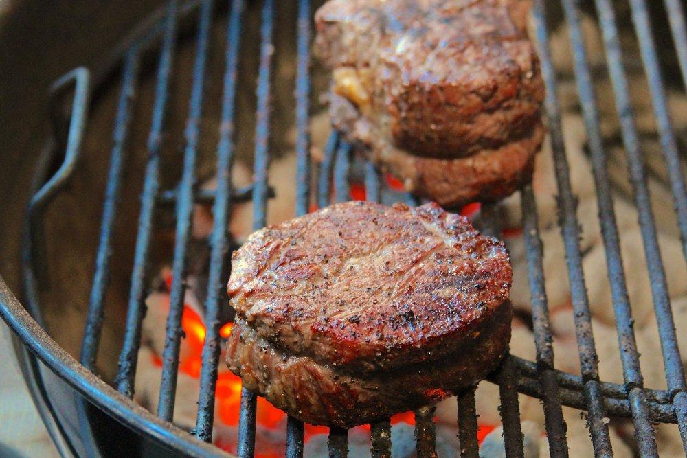 Grilled fillet mignon steaks