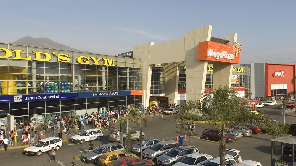 Front view of Mega Plaza.