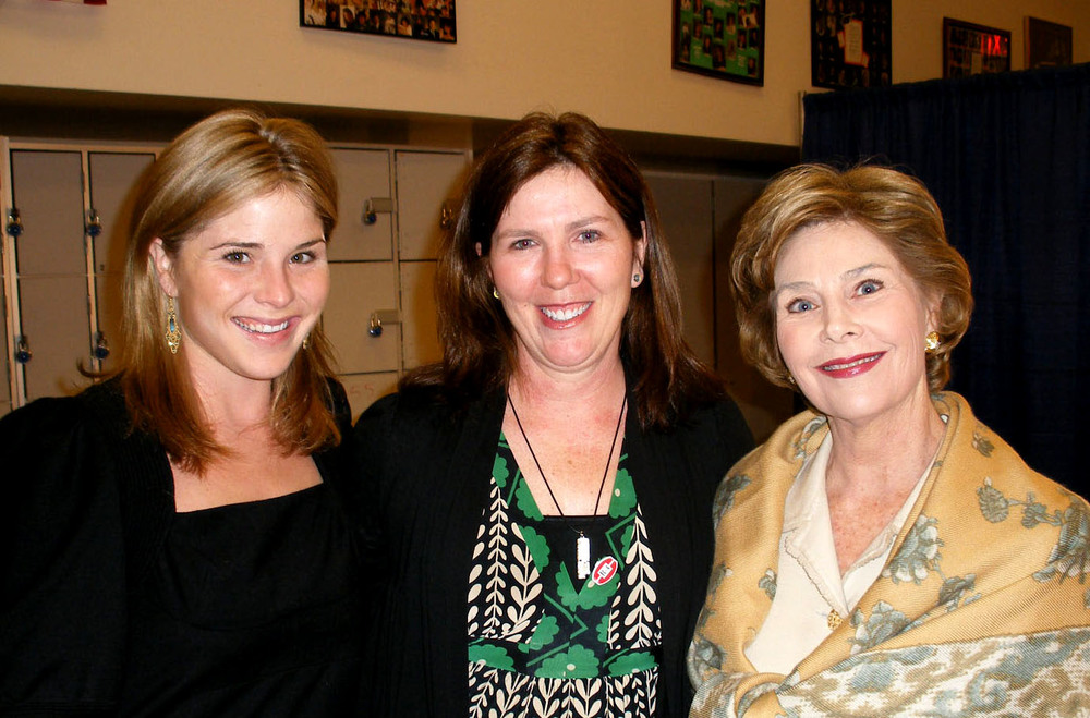Jenna and Laura Bush