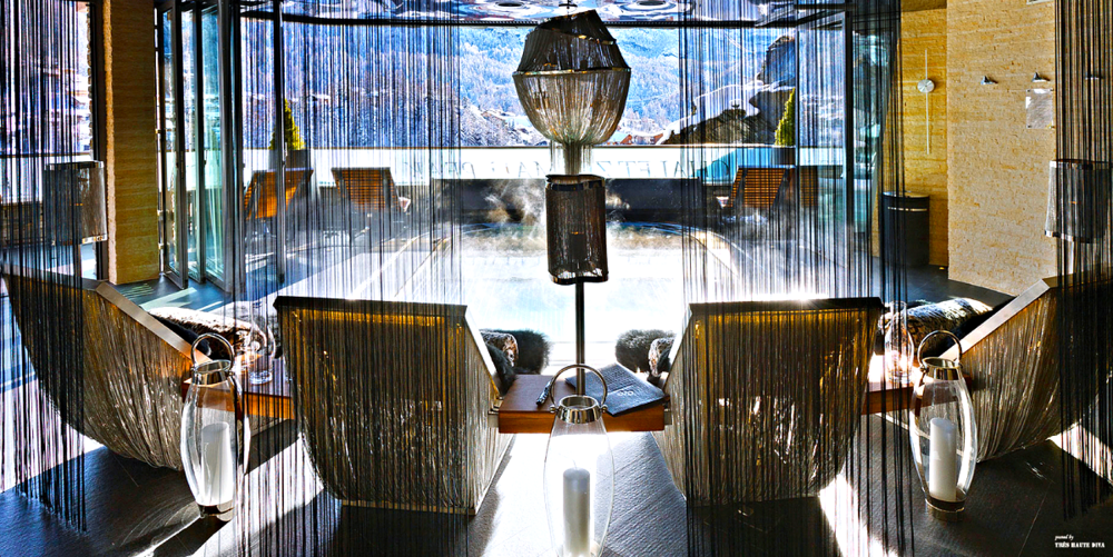 Jacuzzi and Lounge Area
