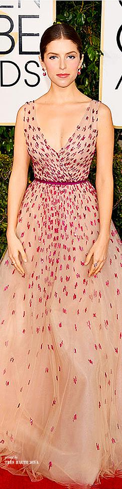 Anna Kendrick Monique Lhulliercr.jpg
