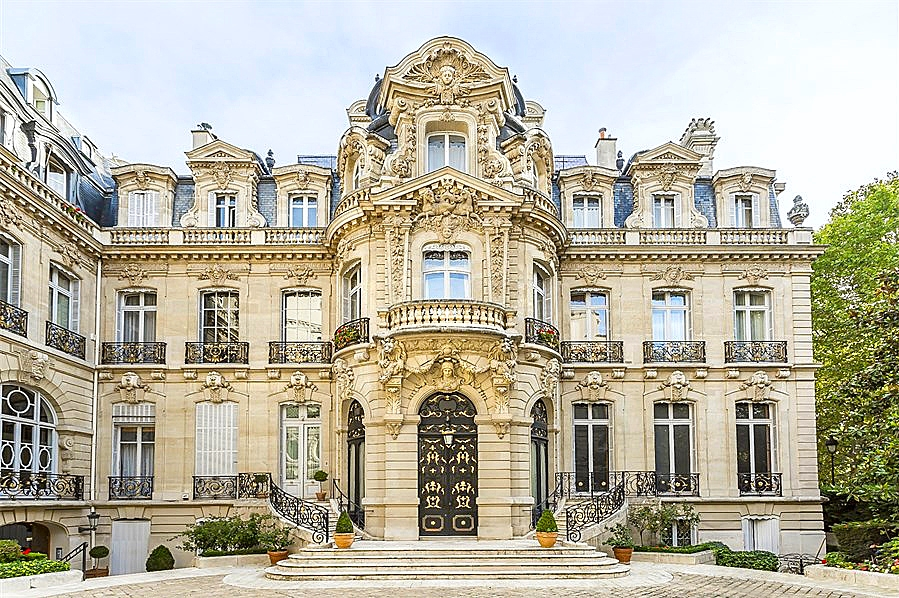 crush of the day second empire style van dyck mansion paris france tr s haute diva. Black Bedroom Furniture Sets. Home Design Ideas