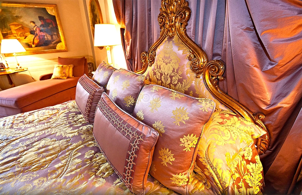 The Royal Suite Bed Detail