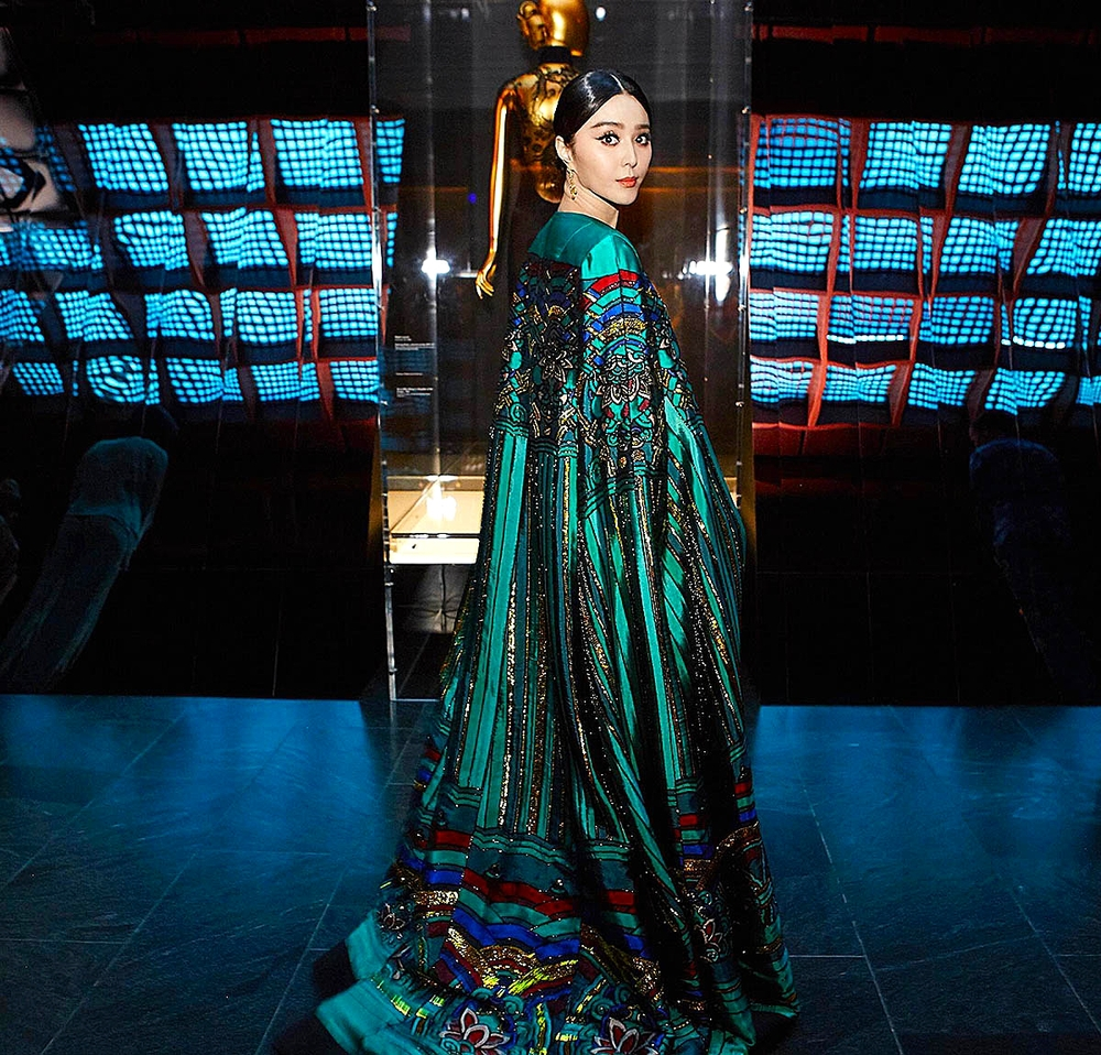 Fan Bingbing in Christopher Bu        Photo by Taylor Jewell/ Vogue