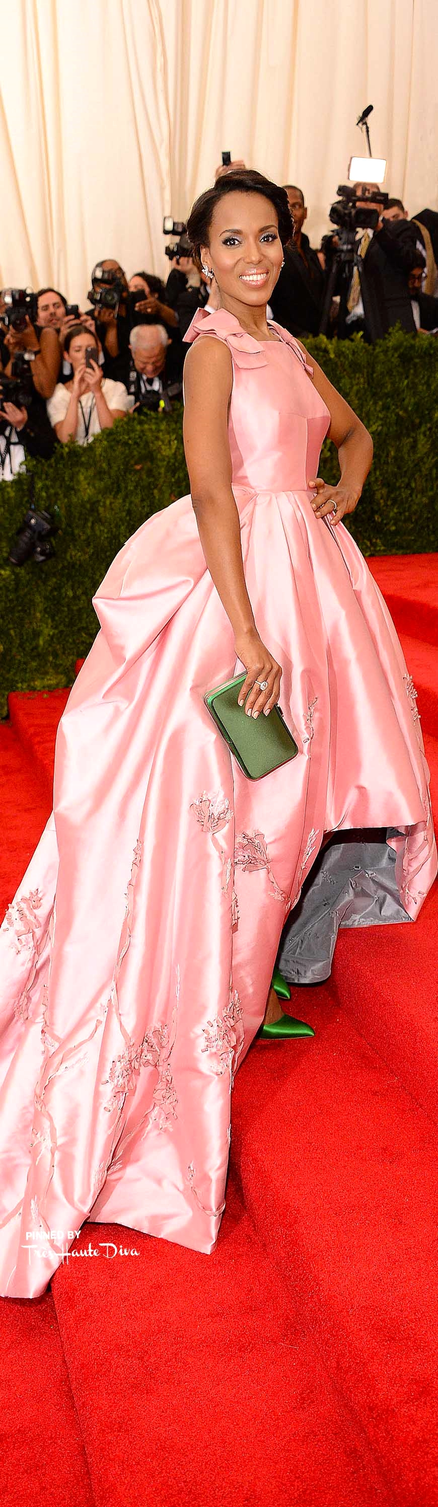 Kerry Washington in Prada                           Getty Images/ Kevin Mazur