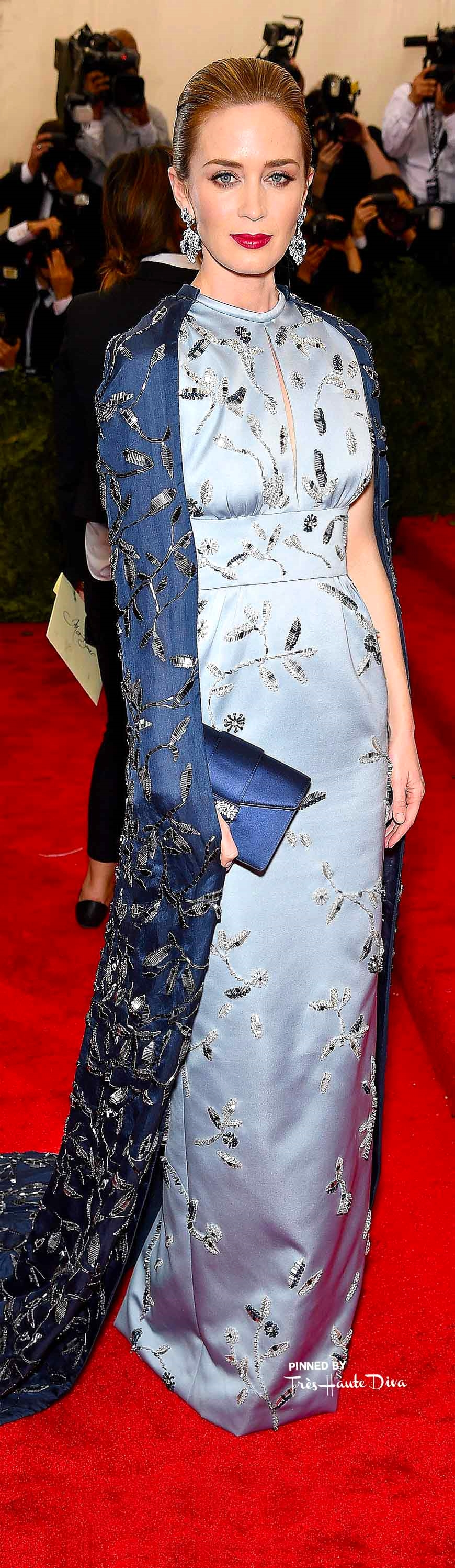 Emily Blunt in Prada               Getty Images/ Dimitrios Kambouris