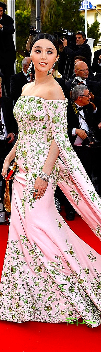 Fan Bingbing in custom  Ralph & Russo  and Chopard jewels