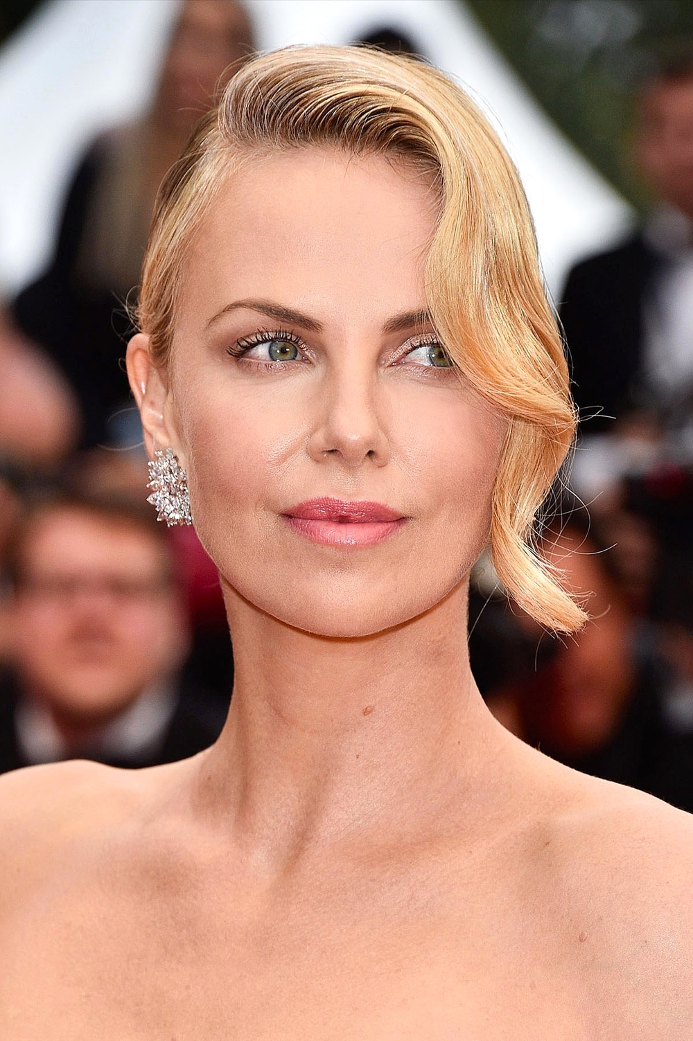 Charlize Theron at the 'Mad Max: Fury Road' premiere               Photo by Getty