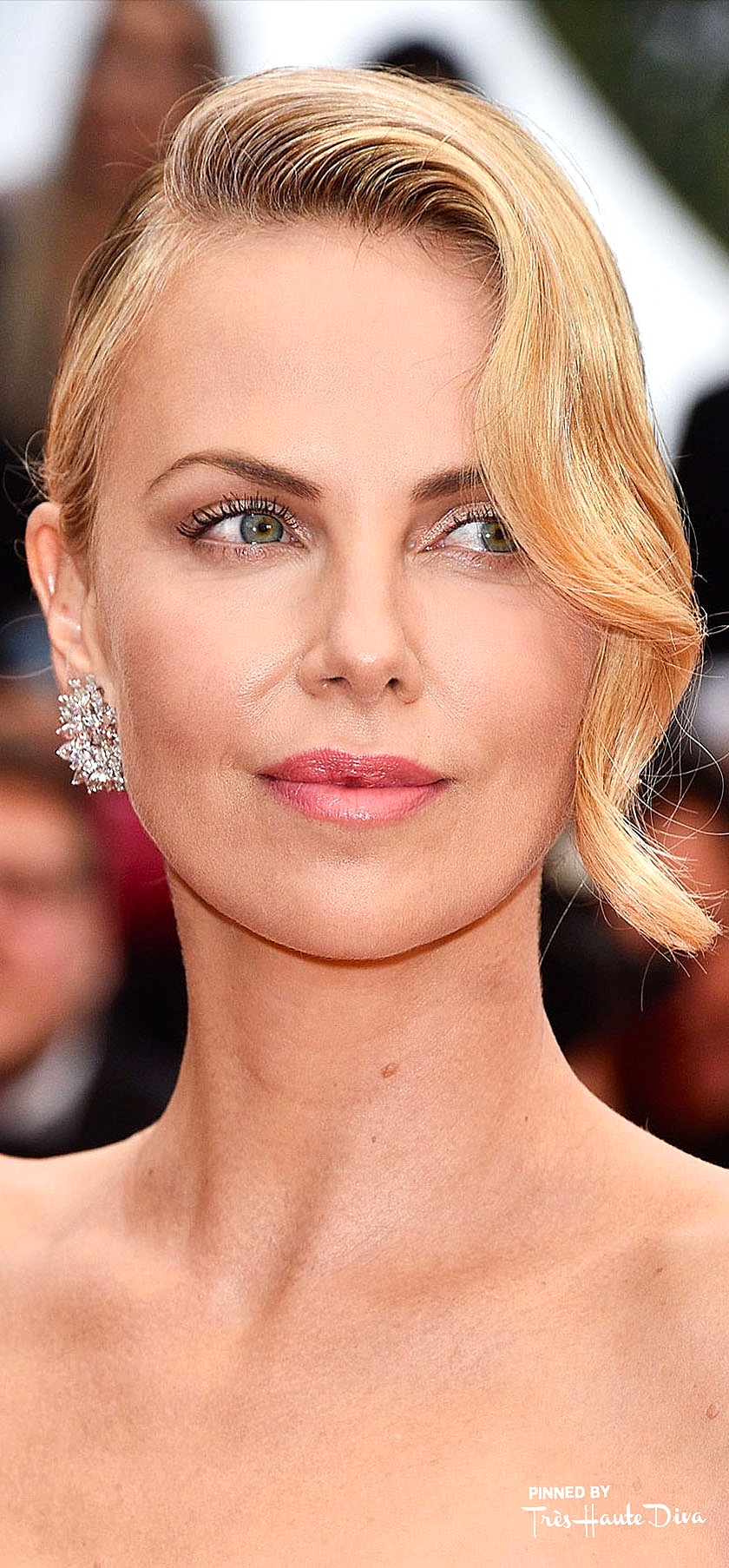 Charlize Theron               Photo by Getty