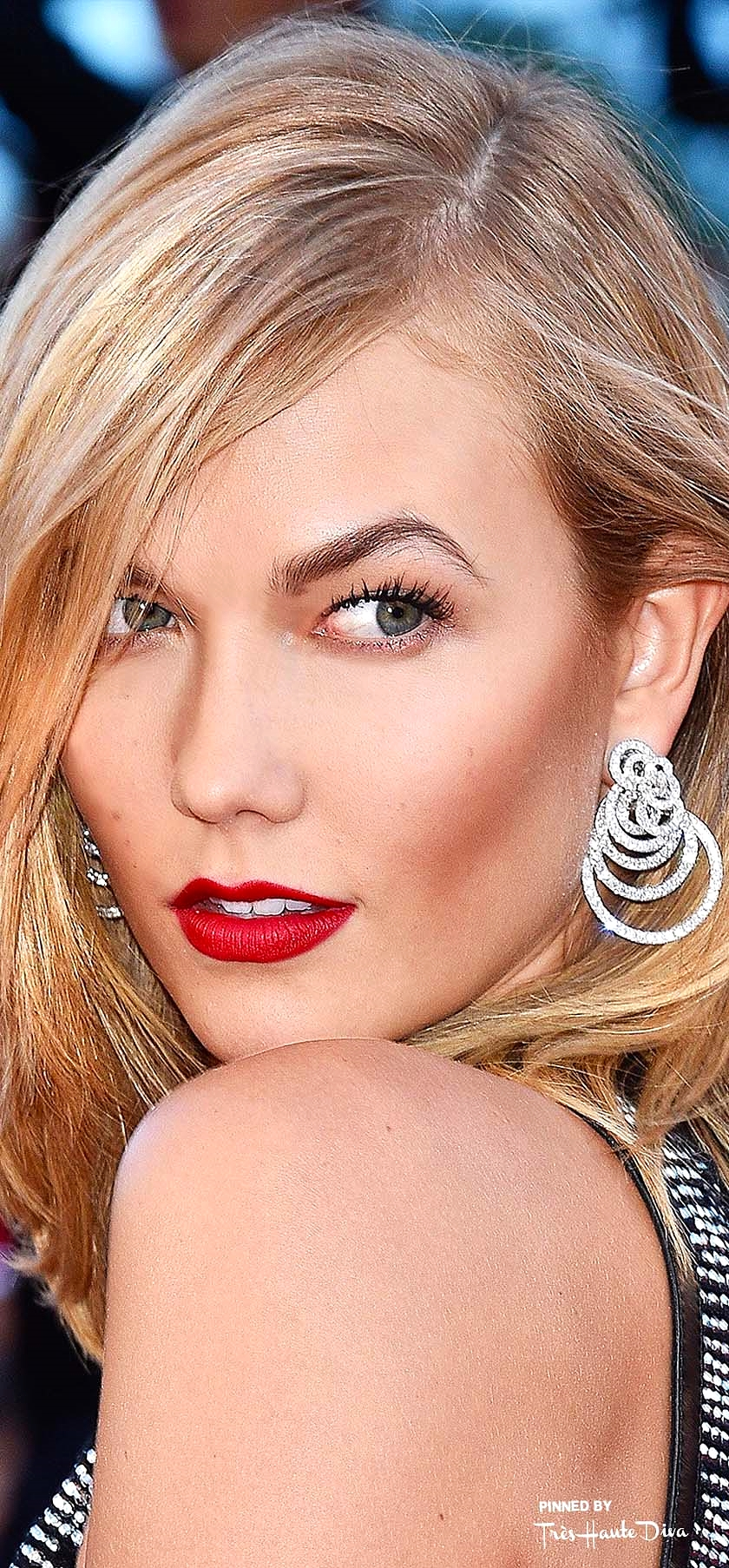 Karlie Kloss                  Photo by Getty