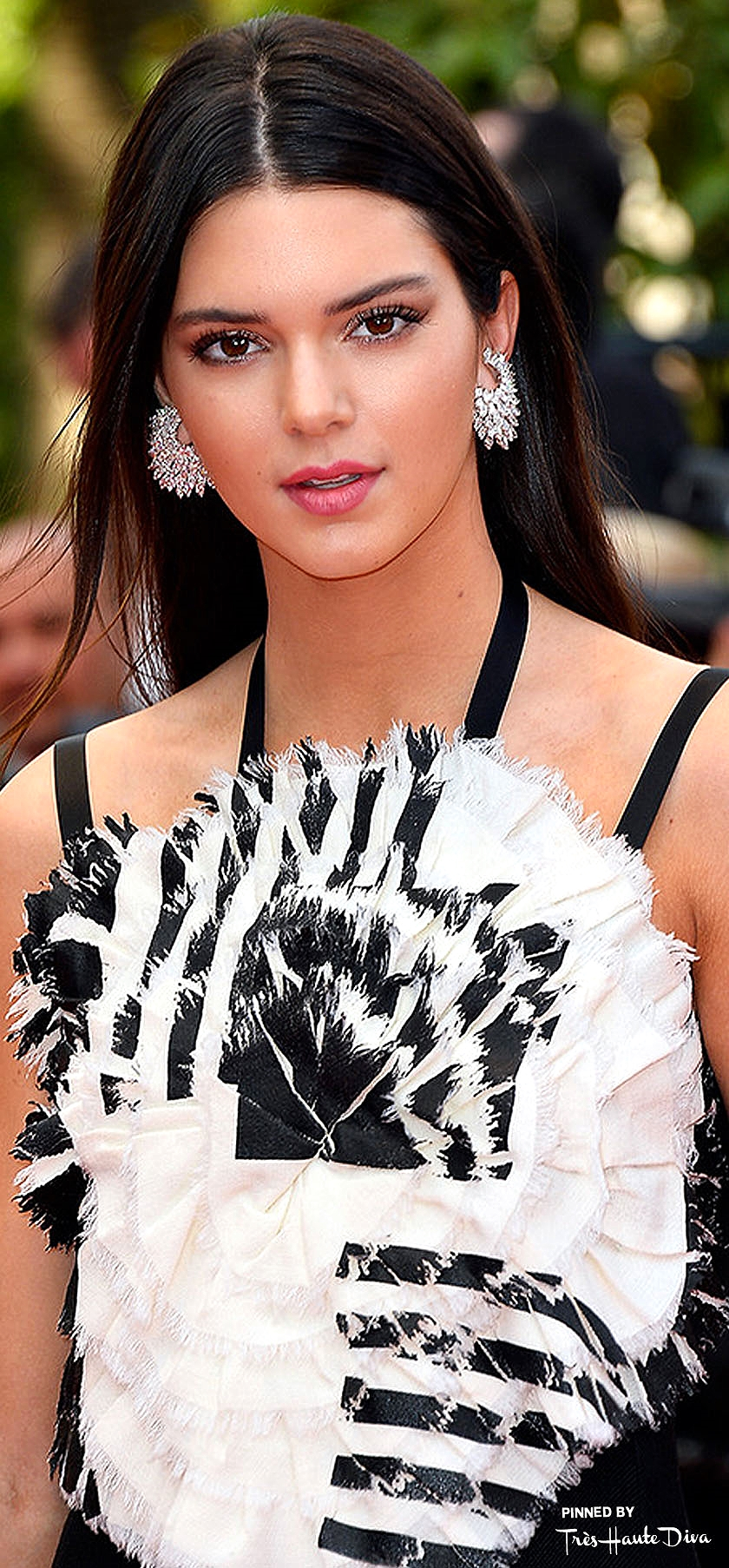 Kendall Jenner  in Chanel                       Getty/ Pascal Le Segretain
