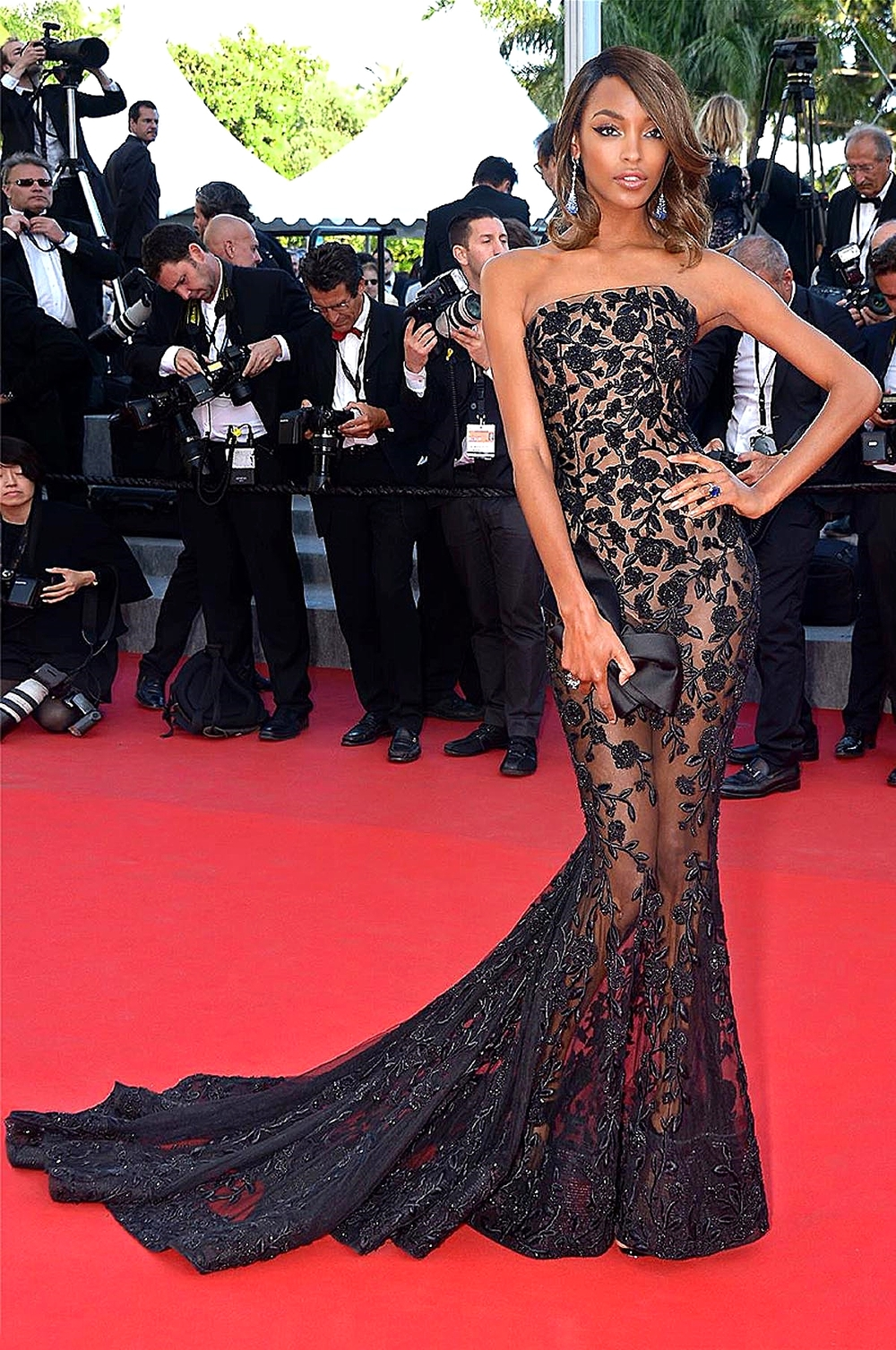 Jourdan Dunn in  Ralph & Russo Couture                              Ralph & Russo/ facebook.com