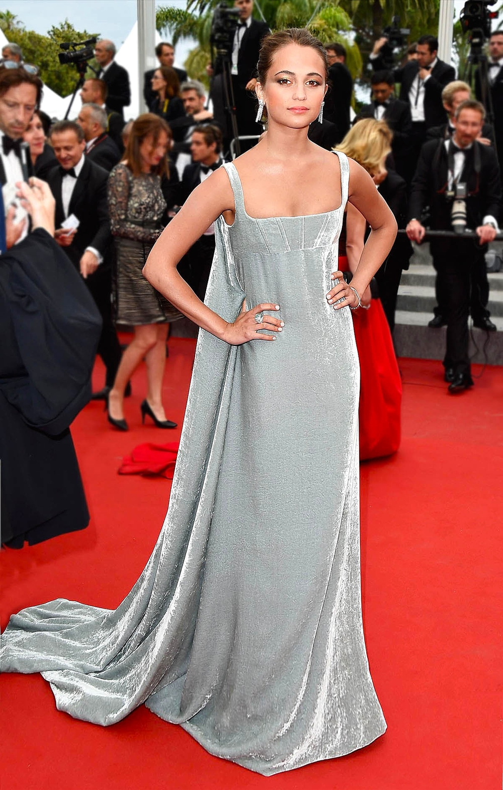 Swedish actress Alicia Vikander in Valentino Couture                                vogue.co.uk/ Getty