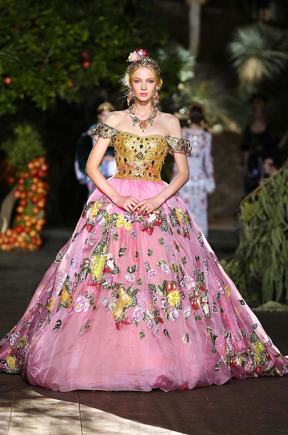 Dolce gabbana s midsummer night s dream alta moda for Alta couture