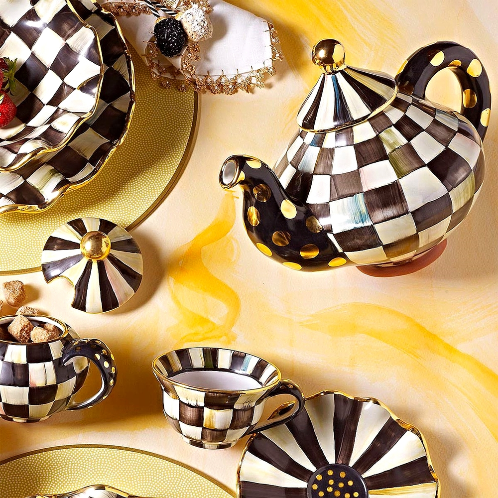 Courtly Check Teapot, Teacup, Saucer & Plates