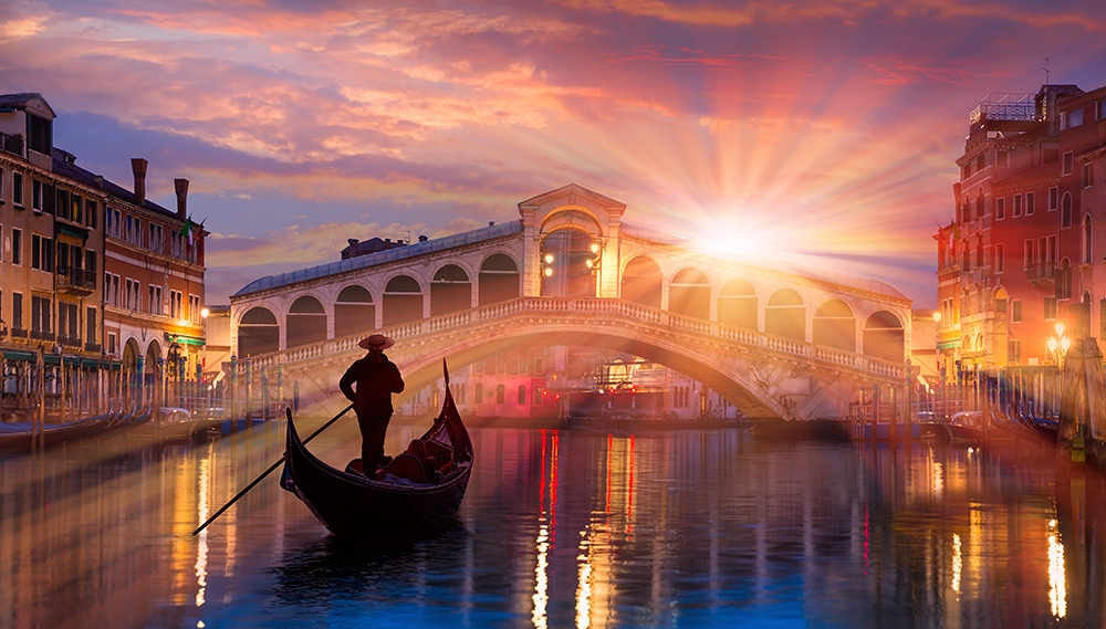 Gondola at Rialto bridge in Venice, Italy