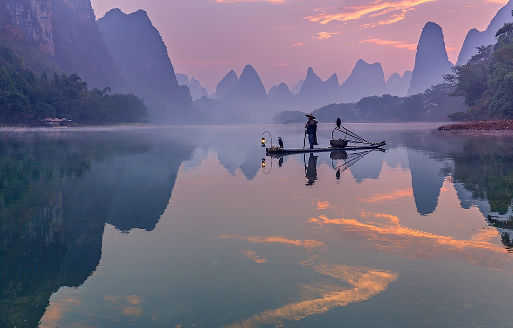 Cormorant fisherman, Xingping, China