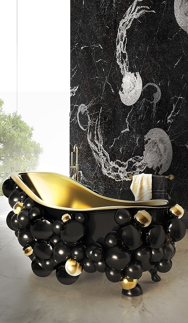 'Newton' Bathtub by Maison Valentina