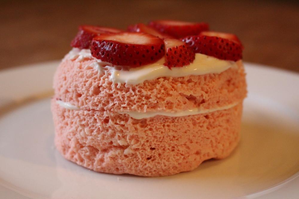 Strawberry cake 048