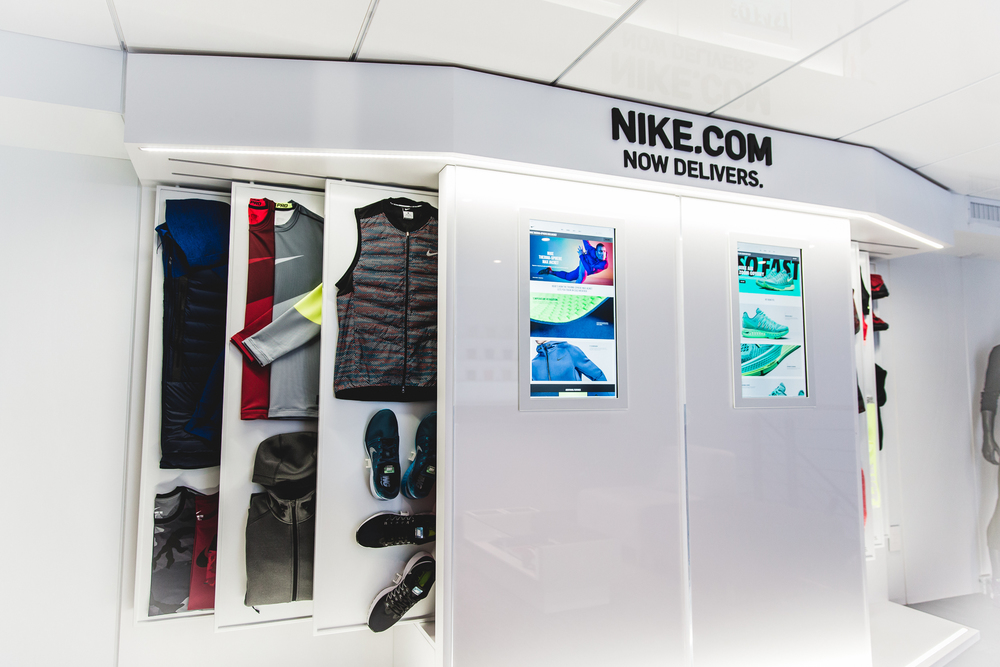Nike.com now delivers to Canada.