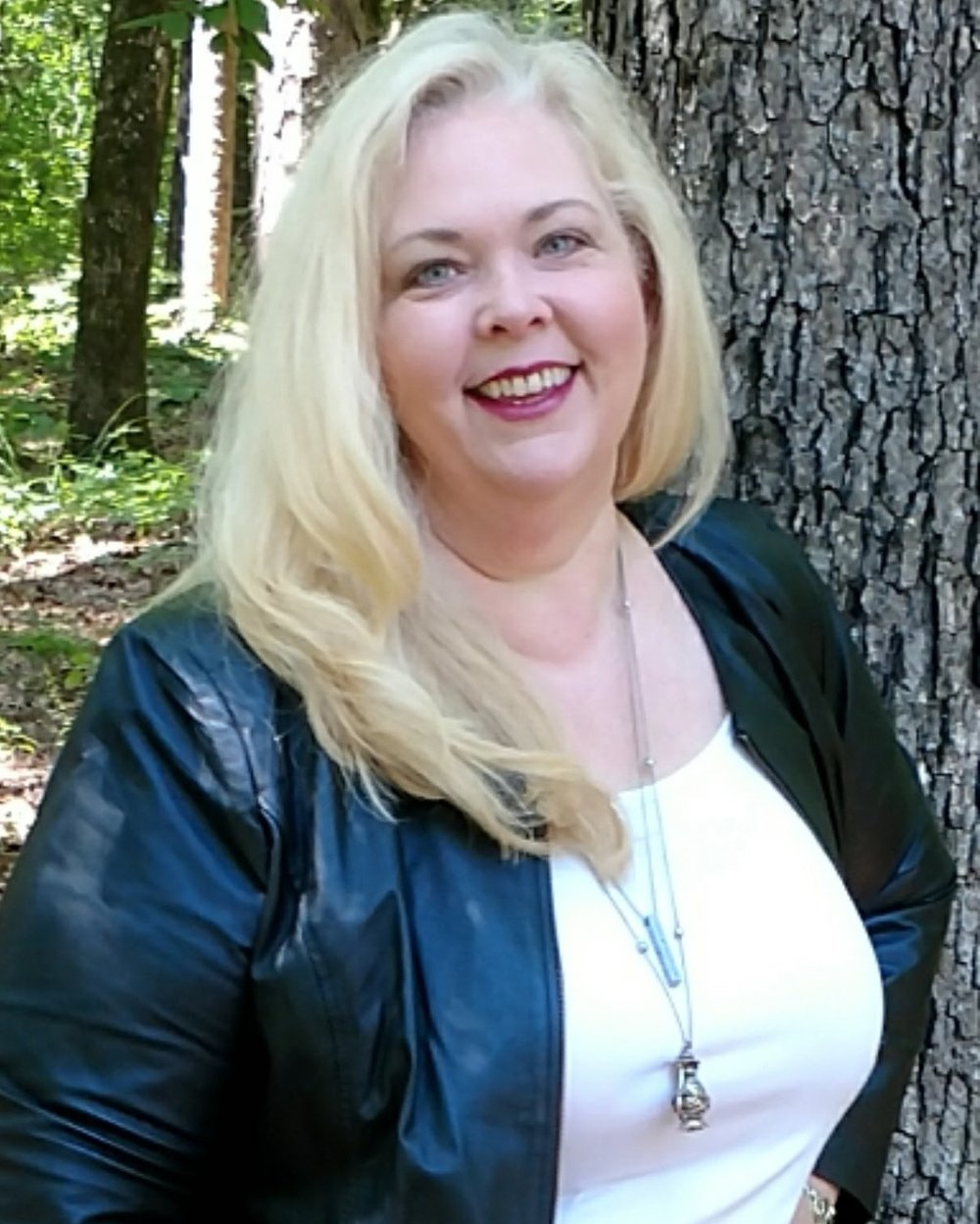 Kathy Bryan headshot z.jpg