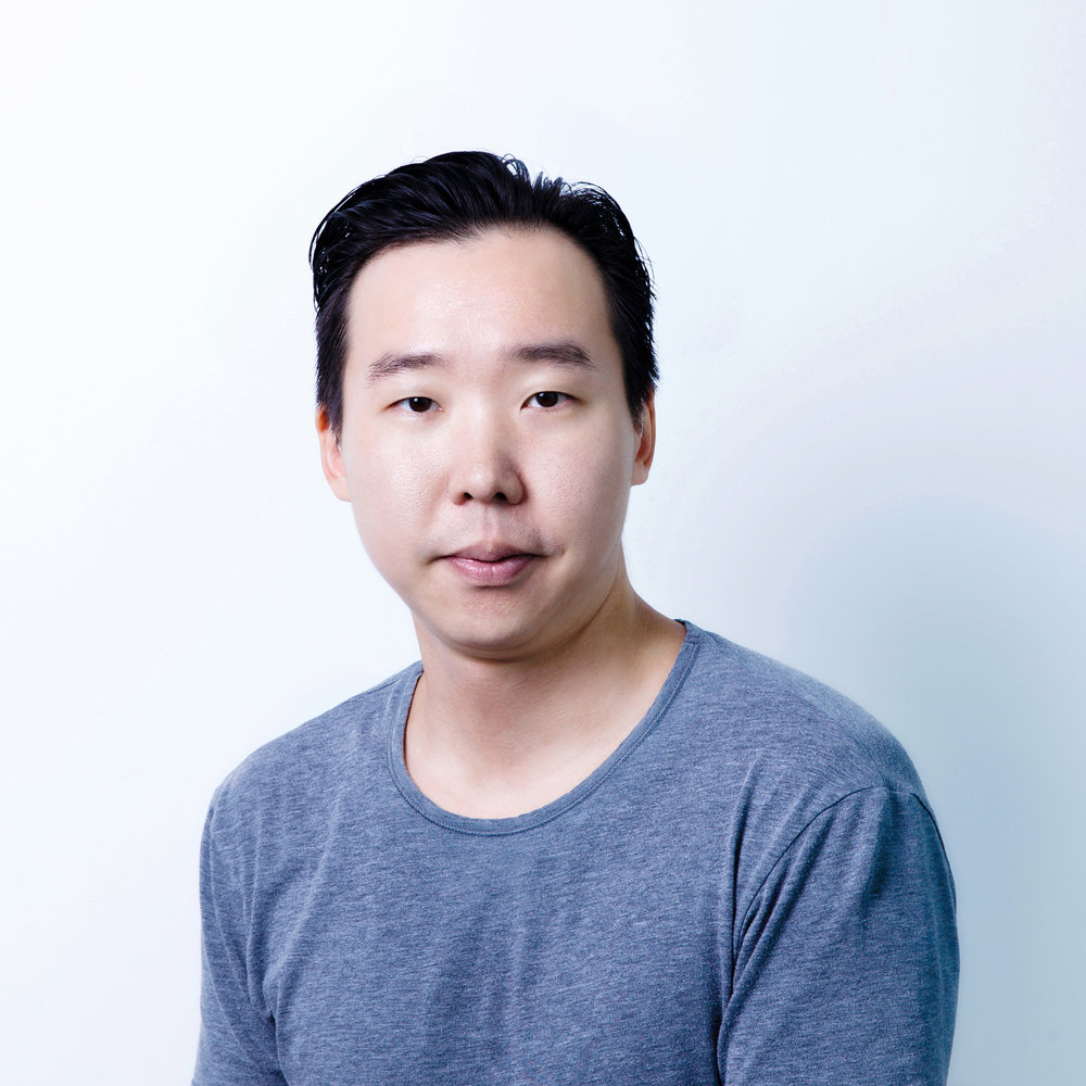 Lawrence Wu  Executive Producer  Lawrence is a futurist and entrepreneur who empowers individuals and startups,to co-create their preferred sustainable outcomes. Focusing mostly on food and sustainable development, he is professionally curious about governance, emerging technology, and the human experience. In addition to being our executive producer, Lawrence is a founding member of Bits x Bites and general member of AngelVest Group.