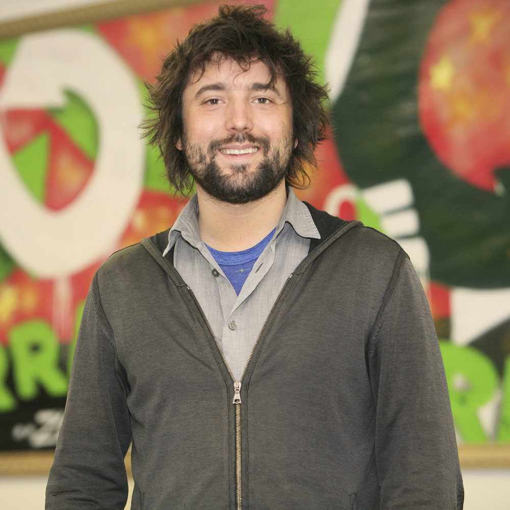 Tom Szaky   Tom is the Founder and CEO of TerraCycle, Inc., one of the world's leaders in eco-capitalism and the reuse of non-recyclable, pre and post-consumer waste. TerraCycle works with major consumer packaged goods companies such as Kraft Foods, Procter & Gamble, Colgate-Palmolive and L'Oreal to provide solutions for their non-recyclable post-consumer packaging and pre-consumer manufacturing waste.