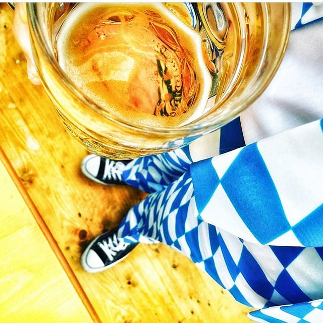 Beer in Bavaria🍻 #lowenbrau #beer #beerbuddies #oktoberfest2017 #insidermoments #travel #bavaria #blueandwhite #team #colours #besttime