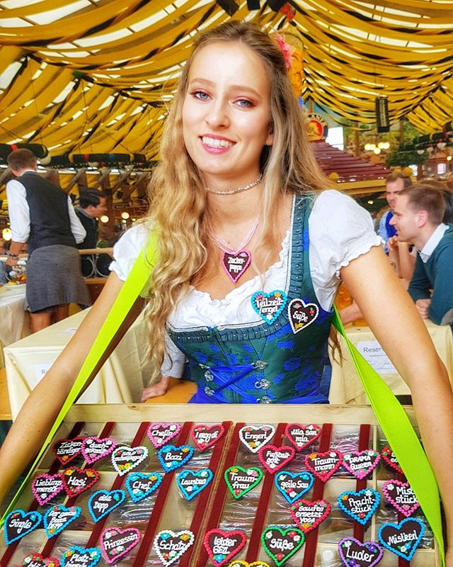 The beautiful women of Oktoberfest. #oktoberfest2017 #paulaner #beertent #munich #oktoberfest #beerbabe #beautiful #german #women #travel #insidermoments