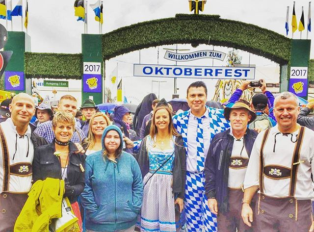 Some of the opening weekend crew. Oktoberfest 2017 🍻 #oktoberfest #2017 #beers #beertent #alldressedup #insidermoments #ontour #fun #beerbuddies #travelmore #bucketlist