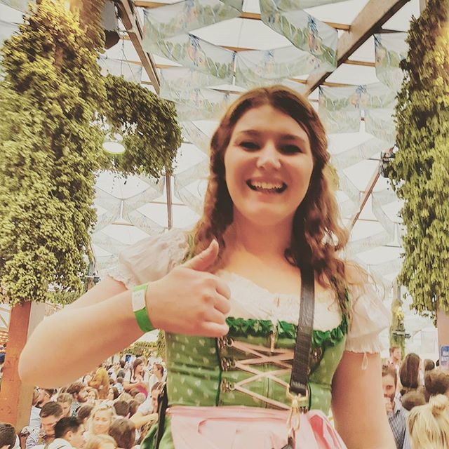 So many beer tents... so much beers... so much fun 🍻 #oktoberfest2017 #beer #fun #insidermoments #bucketlist #traveltheworld #drinkbeer #thumbsup #beertent