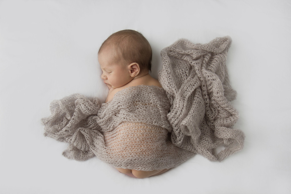 Hamilton-photographer-baby-with-beige-mohair-wrap.jpg