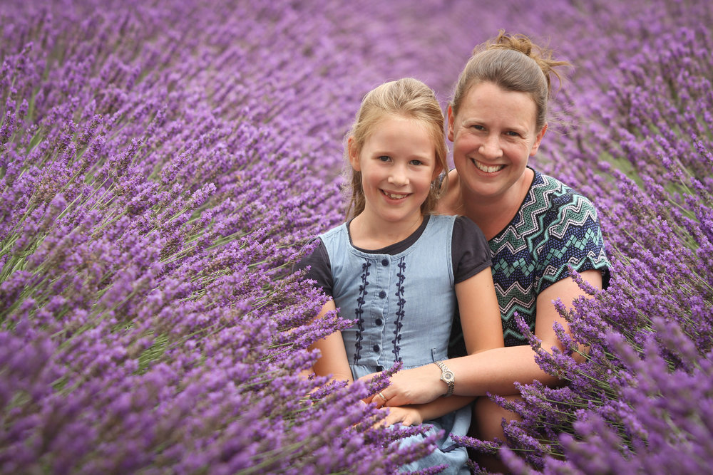Lavender-fields-photo-shoot-mum-and-daughter.jpg
