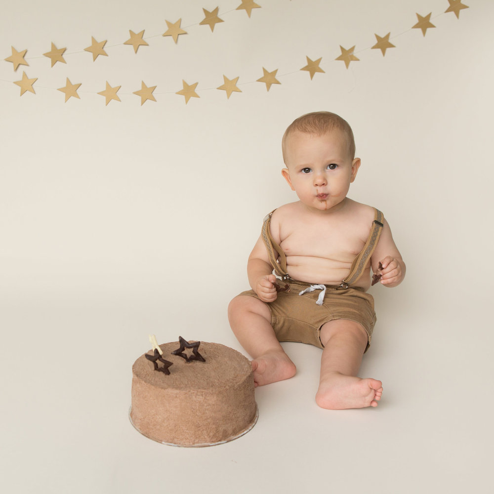 1st-birthday-cake-smash-photography.jpg